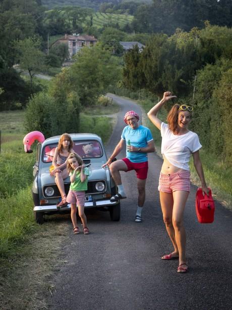 Cette année, Faites le plein de Super 2019! sur la route du lac de Aignan, France